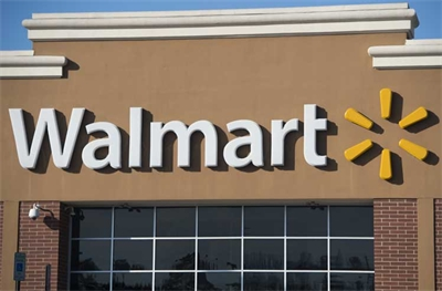 Walmart Tops Amazon as American's Favorite Apparel Retailer